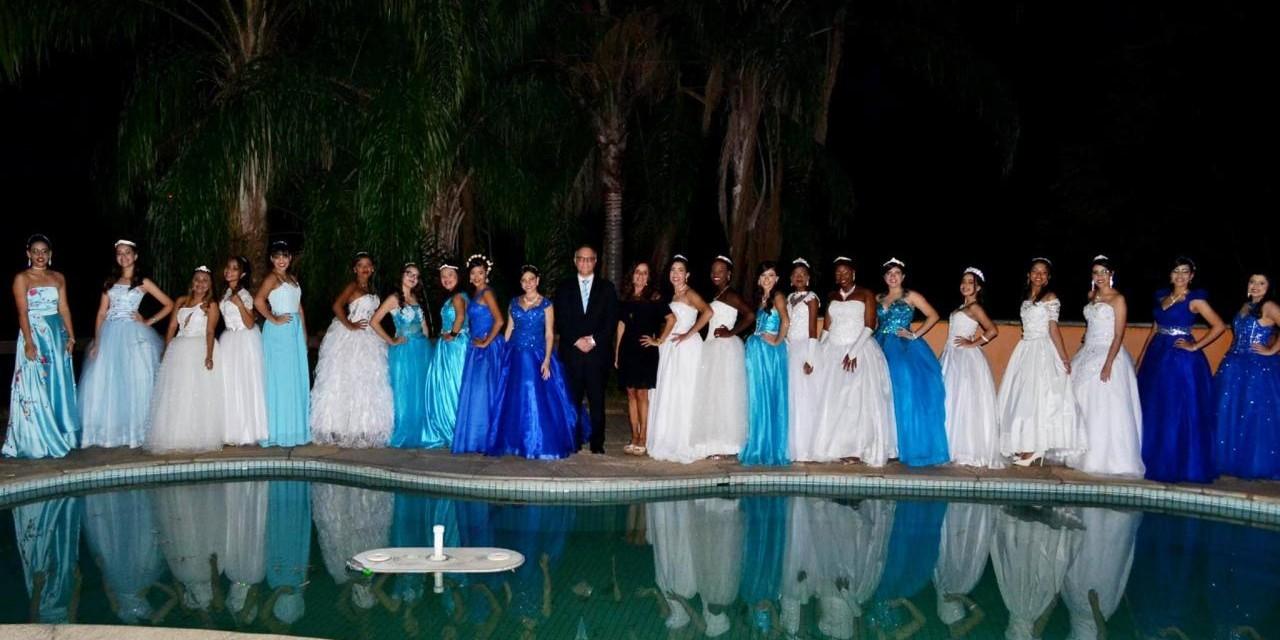 Projeto Sonho Azul - Nossas debutantes se divertiram pra valer!!!!